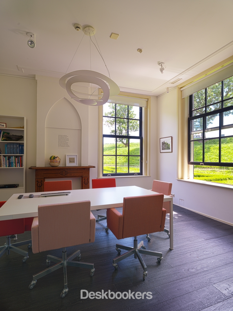 de Woonkamer - Konferenzraum - De Rozenhof Rotterdam - Deskbookers