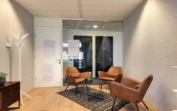 Besprechungsräume und besprechungszimmer deskbookers