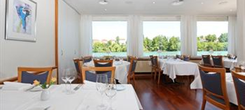 Schiff am Rhein Swiss Q Hotel